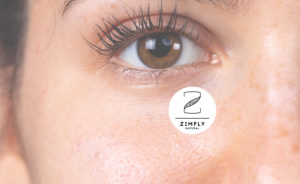 Nahaufnahme eines Gesicht mit Fokus auf die braunen Augen